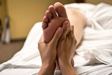 foot-massage-2277450__340